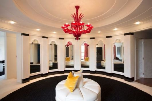 Amazing Megaupload Founder Kim Dotcom's 20 Million Pounds Mansion