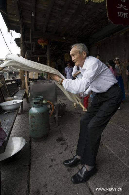 Sugar Pulling In China