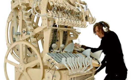 Crazy New Instrument Uses 2000 Marbles To Make Music
