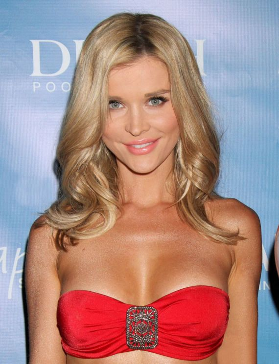 Joanna Krupa Launches Hapari Collection In Las Vegas