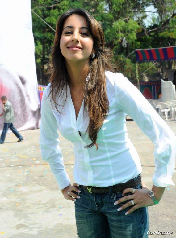 Awesome Tolly Beauty Sanjana