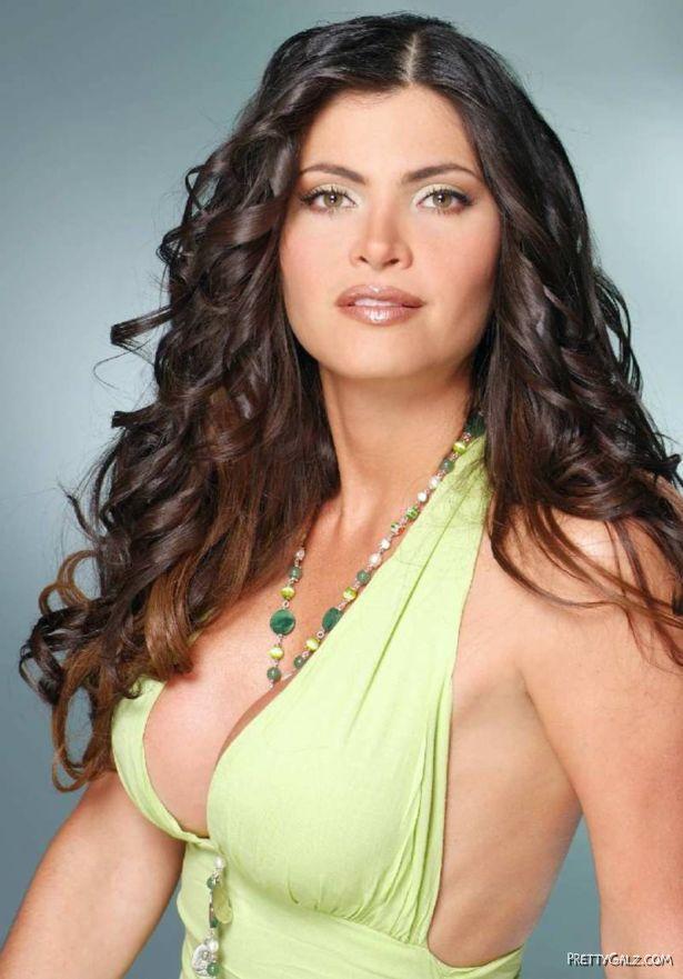 Beautiful Chiquinquira Delgado Photoshoot