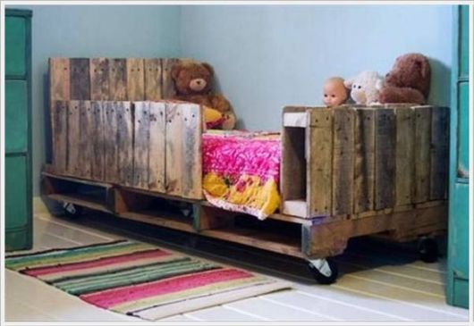 Reuse Of Creative Old Garbage Furniture